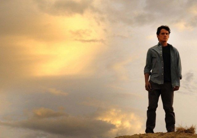 Anton-Yelchin-in-Odd-Thomas-2013-Movie-Image-2-650x456