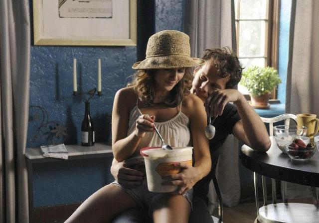 still-of-anton-yelchin-and-ashley-sommers-in-odd-thomas